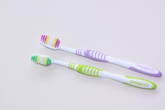 protez diş nasıl temizlenir